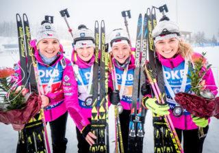České biatlonistky po štafetě v Oberhofu